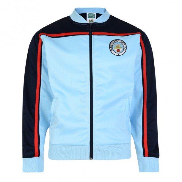Dit officiële Manchester City retro trainingsjack van Score Draw is gebaseerd op het trainingsjack dat Manchester City spelers als Paul Power droegen in de jaren '80.
